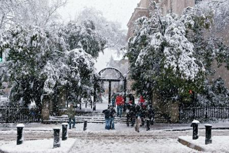 photo of the UGA arches in the snow